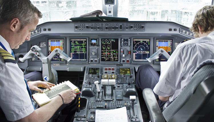 Resultado de imagen para aeromexico pilotos