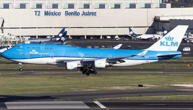 Cenizas volcánicas en CDMX provocan que vuelo de KLM regrese Amsterdam