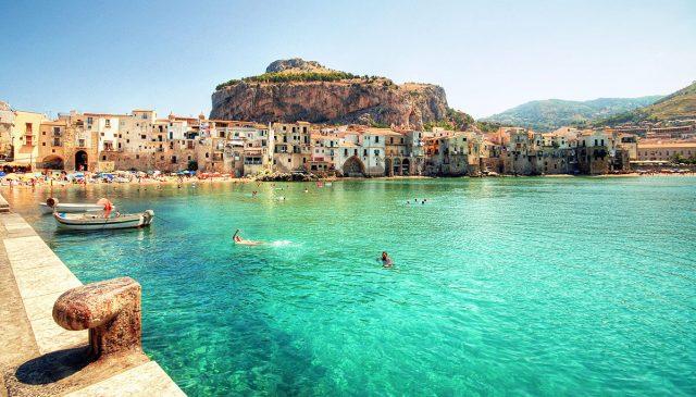 Sicilia ofrece pagar tus vuelos y hotel después del coronavirus